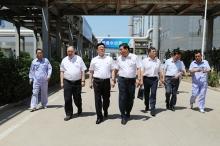 集团公司党委书记、董事长杨国占一行到莱欣公司调研